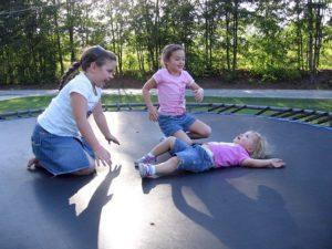 Børn og trampoline